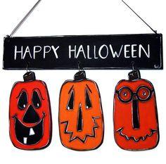 Door sign and painted wooden pumpkins - Halloween door hanger with pumpkins de la boutique LULdesign sur Etsy Halloween Door Hangers, Wooden Pumpkins, Door Signs, Halloween Pumpkins, Happy Halloween, Boutique, Christmas Ornaments, Holiday Decor, Etsy