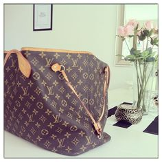 Fashion! Love Neverfull Handbag, And You Just Should Take Them With You. $227.99 #Fashion #Neverfull #LV #Bags