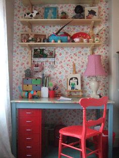 This beautiful floral desk nook IKEA hack caught our attention.We like the painted blue desk against the different shades of red and pink. Girls Bedroom, Bedroom Decor, Lego Bedroom, Childs Bedroom, Kid Bedrooms, Boy Rooms, Kids Rooms, Minecraft Bedroom, Room Kids