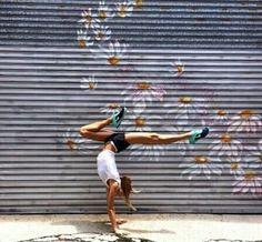 Amazing yoga pose | womens motivation inspiration muscle fitness health fitspiration boxing training style menswear womenswear fashion bayse luxe activewear