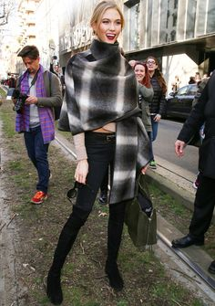 Karlie Kloss wearing Ferragamo Ferragamo Check Alpaca Cape Seen On Karlie Kloss and Balenciaga Balenciaga Papier suede tote, Stuart Weitzman Stuart Weitzman Lowland Thigh High Flat Boots. Fashion Week, Love Fashion, Fashion Show, Autumn Fashion, Fashion Trends, Milan Fashion, Style Fashion, Fashion Beauty, Daily Fashion