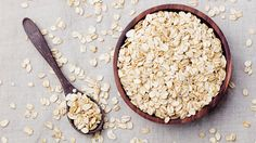 Oatmeal is one of the best breakfast picks if you're trying to eat well and still stick to a healthy meal plan.