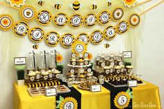 Hostess with the Mostess® - Bumblebee Birthday Party // Smiling Bumblebee