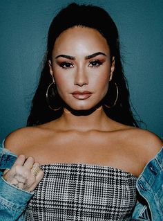 Celebs, Celebrities, Vixen, Demi Lovato, American Singers, Woman Crush, Jealous, Beautiful Creatures, Celebrity Crush