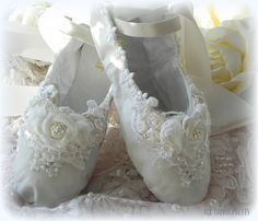 Bridal Wedding ballet slippers ballet flats by mercedesDscott