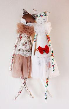 Santa Elise Fox and Elfi cat ~ Alice Mary Lynch