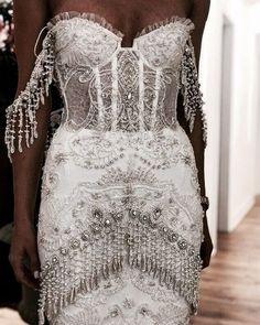 f ø l l ø w ↠ Beautiful wedding dresses for bridal gowns 2019 Pretty Dresses, Beautiful Dresses, Bridal Gowns, Wedding Gowns, Prom Dresses, Formal Dresses, Dream Dress, Dress To Impress, Just In Case