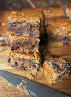 Paleo Almond Butter Blondies #GlutenFree #DairyFree