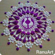 Simple Rangoli Border Designs, Rangoli Designs Latest, Rangoli Borders, Rangoli Designs Flower, Rangoli Patterns, Free Hand Rangoli Design, Small Rangoli Design, Rangoli Ideas, Rangoli Designs Diwali