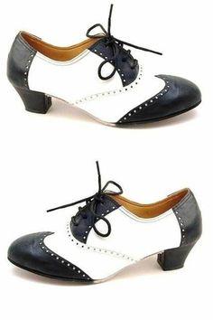 chaussures danses swing au bout légèrement relevé en blanc et noir
