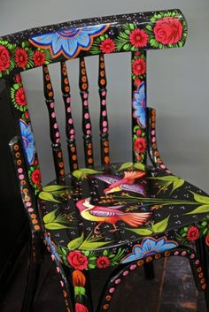 Beautiful DIY Painted Chair Designs Ideas You Have To Try Hand Painted Faisal Chair Black from Rockett St George Art Furniture, Funky Painted Furniture, Repurposed Furniture, Furniture Projects, Furniture Makeover, Decoupage Furniture, Furniture Design, Furniture Market, Painting Furniture