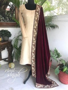 punjabi suits with velvet dupatta & punjabi velvet suits + punjabi velvet suits party wear + punjabi velvet suits black + velvet dress indian salwar kameez punjabi suits + velv Designer Party Wear Dresses, Indian Designer Outfits, Dress Indian Style, Indian Dresses, Indian Wear, Pakistani Outfits, Indian Outfits, Indian Clothes, Velvet Dress Designs