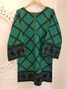 Agha Noor Brand - Amazing Designs in Pakistani Fashion Game Stylish Dress Designs, Stylish Dresses, Casual Dresses, Casual Frocks, Pakistani Fashion Party Wear, Indian Bridal Fashion, Simple Pakistani Dresses, Pakistani Dress Design, Baby Girl Shirts