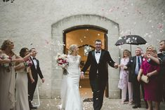 Honest and Relaxed Wedding Photography Relaxed Wedding, Bridesmaid Dresses, Wedding Dresses, Stones, Rain, Wedding Photography, Fashion, Bridal Dresses, Wedding Shot