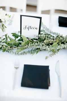 Modern + elegant black and white table decor