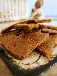 Antipastaa: Lähes sokeriton kuplatoffee (Honeycomb) Barista, Toffee, Honeycomb, Delicious Desserts, Peanut Butter, Pie, Breakfast, Food, Caramel