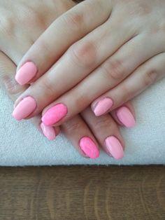 pink gel, pink glitters