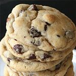 The Perfect Chocolate Chip Cookie by Ashley & Sierra. I made the perfect chocolate chip cookies exactly once in my life, and I have been trying to recreate it since then. Köstliche Desserts, Delicious Desserts, Yummy Food, Yummy Yummy, Delish, Dessert Recipes, Biscuits, Perfect Chocolate Chip Cookies, Gourmet