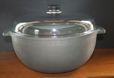 anodized Dutch Oven Pot w/ lid HUGE 1997 Made In Denmark First Kitchen, Functional Kitchen, Kitchen Collection, Dutch Oven, Denmark, Pots, How To Make, Iron Pan, Dutch Ovens