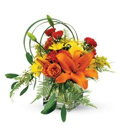 Bright and Sunny Birthday Bouquet by Mission Viejo Florist (cube vase, orange spray roses, yellow daisies and orange lilies) Birthday Flower Delivery, Same Day Flower Delivery, Bright Flowers, Summer Flowers, Birthday Blast, Happy Birthday, Bee Friendly Flowers, Birthday Bouquet, Order Flowers Online