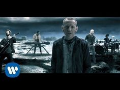 "Linkin Park ""CASTLE OF GLASS"" off of the album LIVING THINGS. ""CASTLE OF GLASS"" featured in the upcoming EA game Medal of Honor Warfighter. The game is inspi..."