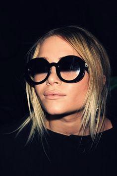 Olsen it a no make up day