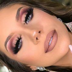 Gorgeous Makeup: Tips and Tricks With Eye Makeup and Eyeshadow – Makeup Design Ideas Cute Makeup, Glam Makeup, Gorgeous Makeup, Makeup Inspo, Eyeshadow Makeup, Makeup Inspiration, Makeup Brushes, Makeup Looks, Hair Makeup