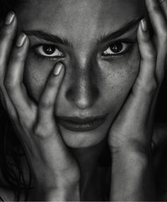 The Beauty Memo Publication: Porter Magazine #18 Winter Escape 2016 Model: Alexandra Agoston Photographer: Chris Colls