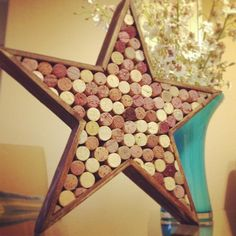 27 Insanely Beautiful Homemade Wine Cork Projects Exuding Coziness and Warmth homesthetics decor Wine Cork Wreath, Wine Cork Ornaments, Wine Cork Art, Wine Craft, Wine Cork Crafts, Wine Bottle Crafts, Wine Cork Projects, Craft Projects, Craft Ideas