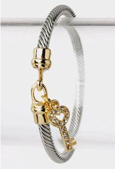 Cute bracelet with a heart charm!