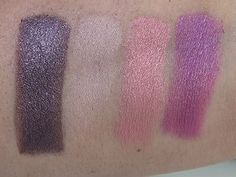 Check out The Urban Decay Holiday 2015 Collection Is Coming! at http://makeuptutorials.com/urban-decay-holiday-2015-collection/