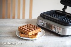 Few things delight me more than kitchen gadgets. This month, I've been playing with the Sage by Heston Blumenthal Smart Waffle RRP Have a look at my first try with it, making classic waffles and drowning them in golden syrup. Kitchen Gadgets, Kitchen Appliances, Heston Blumenthal, Kitchen Must Haves, Golden Syrup, Sage, Waffles, Chocolate, Breakfast