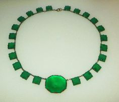Art Deco Czech Art Glass Necklace Chrysoprase Green by baublology