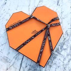 Hermès / Hermes / Gift / Box