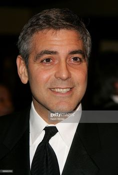Director George Clooney arrives at the 58th Annual Directors Guild Of America Awards held at Hyatt Regency Century Plaza on January 28, 2006 in Los Angeles, California.