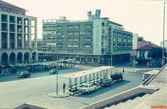 Largo da Mutamba - Luanda 1974. Colonial, New York Skyline, Street View, Travel, Terra, 1970s, Memories, Cities, Paisajes