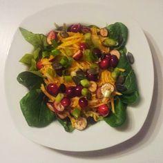 Vom Siebenbergen Blog kommt ein leckerer Rohkost Salat mit Birne und Kürbis für unser Kürbirne Blogevent Sprouts, Vegetables, Blog, Pear, Recipies, Vegetable Recipes, Blogging, Veggies