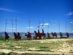 Alto del Perdon's iconic iron sculpture