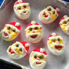 egg recipes Santa Deviled Eggs Recipe -I love creating special deviled eggs for parties. These little Santas are easier to make than they look, and everyone raves over them. Christmas Snacks, Christmas Appetizers, Christmas Cooking, Christmas Eve, Xmas, Simple Christmas, Egg Recipes, Appetizer Recipes, Dinner Recipes