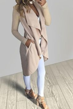 988598eb172 This cardigan is the epitome of elegance