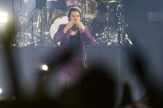 Harry Styles in Munich ( 69 ) - HSLOT