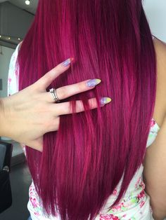 Haar ideen violet hair inspo Wedding And Bridal Shower Favors From Wooden Spoons Both wedding favors Magenta Hair Colors, Hair Dye Colors, Color Red, Pretty Hair Color, Hair Color And Cut, Bright Hair, Gorgeous Hair, Amazing Hair, Grunge Hair