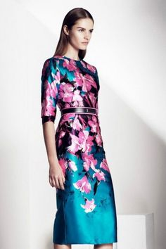Ladies elegant printing Slim dress. A bit 1960s but love the colours.