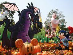 "TDR 25th: Disney's Halloween 2008 - Special Events - Tokyo Disneyland - Joe's Tokyo Disney Resort Photo Site www.jtcent.com640 × 480Search by image Disney's Halloween Parade ""Let's Go Villains!"" (Day)"