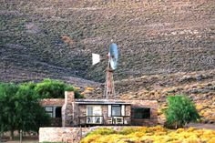 "Snyderskloof Karoo Cottage accommodation near Matjiesfontein, Western Cape. Just in from a happy visitor to this diamond in the Karoo dust: ""Everything was perfect. If you just want to get away from the city, Snyderskloof's got it all. Holiday Places, Holiday Destinations, Beautiful Architecture, Beautiful Landscapes, All Inclusive Beach Resorts, Beach Vacations, Weekend Getaways With Kids, Farm Stay, Weekends Away"