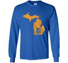 """Detroit Michigan - Motor City, Midwest """"D"""" Mitten T-Shirt"""
