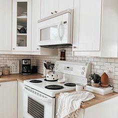 Farmhouse Kitchen Cabinets, Videos, Photos, Instagram, Home Decor, Pictures, Decoration Home, Room Decor, Home Interior Design