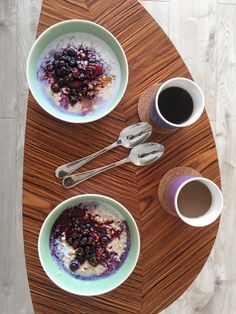Vegan porridge recipe  #vegan #porridge #almondmilk #mylk #breakfastidea #veganporridge #happyfood
