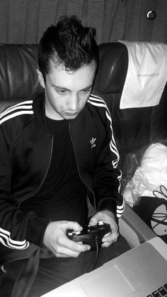 You never see Tyler or Josh playing any new consoles like the PS4 or WiiU. You always see them playing N64 and GameCube games and that makes me so nostalgic and happy, I can't even begin to explain it. I still play N64 and GameCube games a lot more than I do newer games so it makes me feel less alone when I see them using a GameCube clicker. And when Tyler says his music is influenced by the Donkey Kong Country soundtrack, that makes me so happy because that game was a huge part of my…
