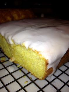 My son Colson and I LOVE Starbucks Iced Lemon Pound Cake. It's become one of our favorite stop offs when we're out running errands. But, the longer I've sat through the drive thr… Starbucks Lemon Pound Cake, Iced Lemon Pound Cake, Pound Cakes, Cake Mix Recipes, Dessert Recipes, Desserts, Yummy Treats, Yummy Food, Sweet Treats